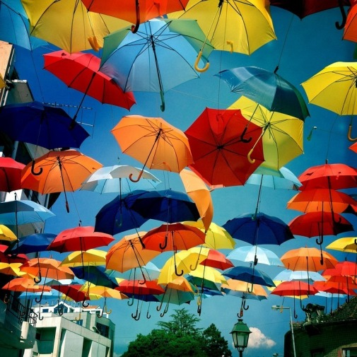floating-umbrellas