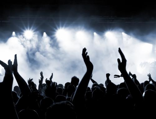 _concert_crowd_i_1565261621-1